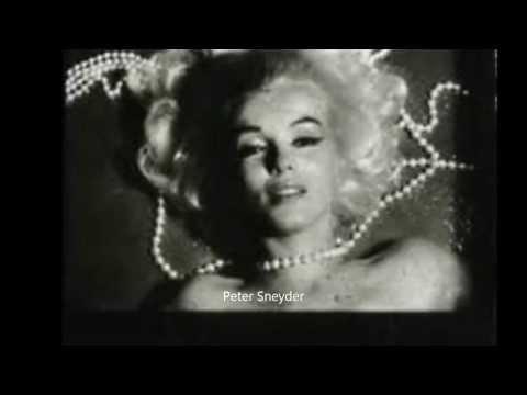 Marilyn Monroe - Pearl Necklace Sitting, by Bert Stern 1962