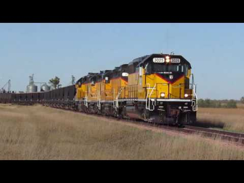 Dakota & Iowa RR Action Dell Rapids to Hudson, SD - Sept. 26, 2016