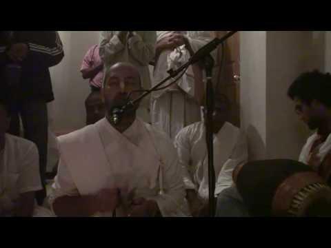 Bhajan - Baladev das - Damodarastakam - Halloween Home Program 6/6