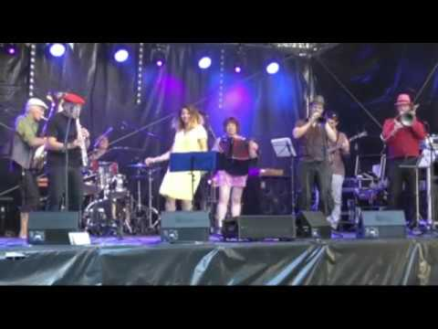 Fête de la Musique 25.06.17 - LES ÂNES RIENT DE MARIE sur la scène