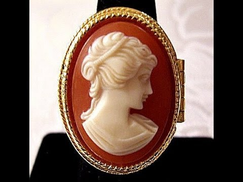 White Orange Cameo Ring Locket Gold Tone Vintage Avon 1970