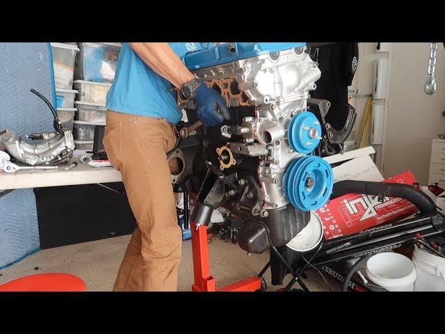 Фото к видео: Simplifying A Nissan KA24DE