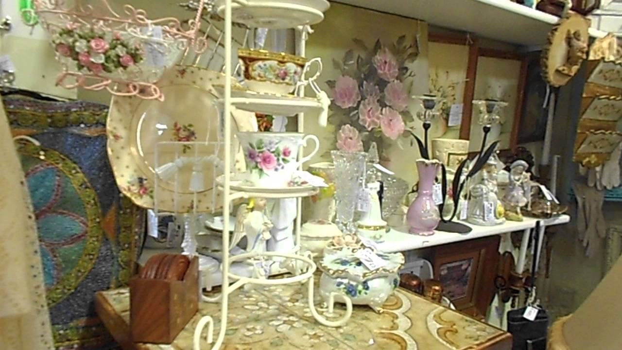 video 2 booth 606 brass armadillo goodyear arizona 1st floor shabby chic furniture youtube. Black Bedroom Furniture Sets. Home Design Ideas