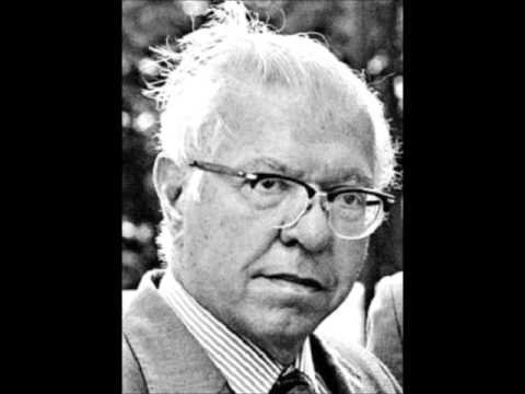 Sir Fred Hoyle Cosmic Theories and the Scientific Establishment