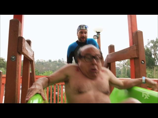 Its Always Sunny in Philadelphia - Frank tries the Thunder Gun Express water slide