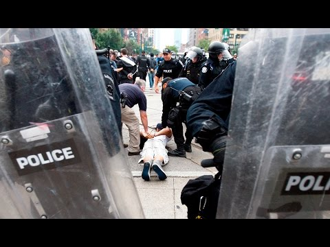 Police officer guilty in G20 mass arrests