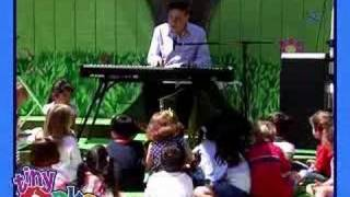 Watch Richard M Sherman I Wanna Be Like You the Monkey Song video
