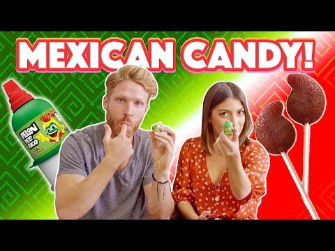 Gringo probando dulces mexicanos PICANTES - Katia Nabil y John Michael