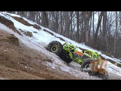 WES KEAN throttles up a snowy HORSEPOWER HILL - AETNA