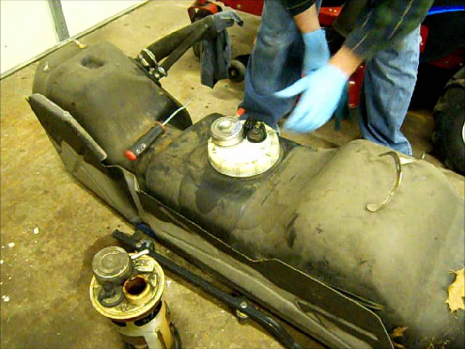 Replacing the fuel pump module on a 1995 Dodge Ram 2500 how to - YouTube