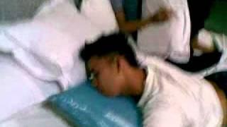 Download Video homo mabuk MP3 3GP MP4