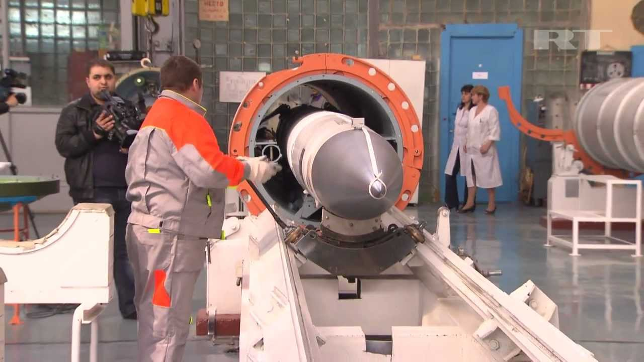 Vídeo: Montagem do sistema SAM Long Range S-400 Triumph (SA-21) – Almaz Antey