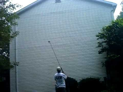 Cleaning Vinyl Siding Soft Washing Youtube