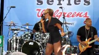 Mary J. Blige -I Am (Live)-