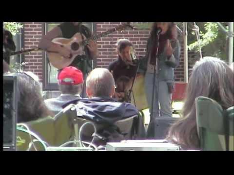82-folkfest-wide-missouri-girl-speech.m4v