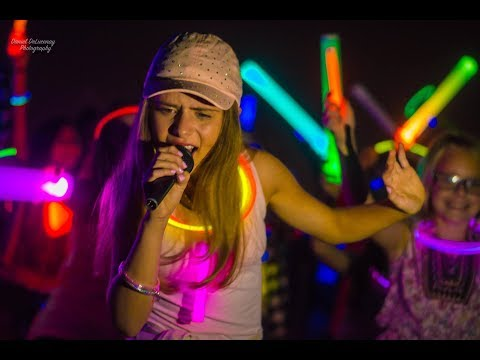 Brianna Collichio-Glow in the Dark (official music video)