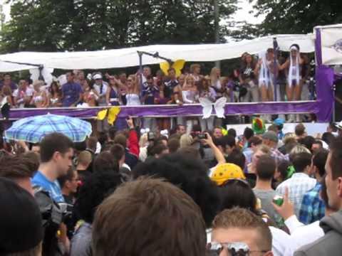 Street Parade 2010 - Crazy techno parade in Zurich, Switzerland