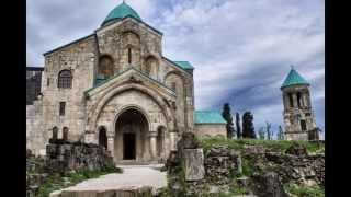 Грузия православная  - мужской хор песнопение(საქართველოს მართლმადიდებელი ეკლესია. это видео создано в редакторе слайд-шоу YouTube: http://www.y..., 2013-09-11T10:53:30.000Z)