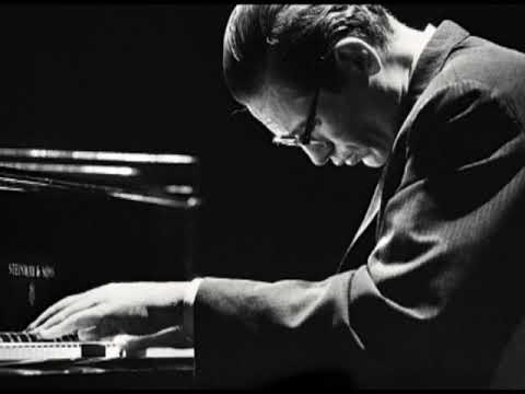 Bill Evans Trio Motian & LaFaro  at Birdland, NYC 1960 BOOTLEG