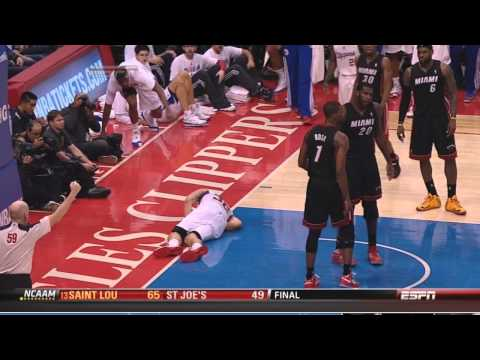Greg Oden flagrant foul on Blake Griffin