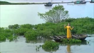 """Phương Thảo ra mắt MV """"Nhớ về cửa biển"""" động viên lính Đảo."""