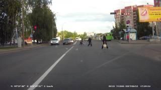 23.06.17 Тойота Лэнд Крузер подрезала машину г.Полоцк