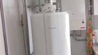 Огляд і розбирання водонагрівача Ariston SGA200R