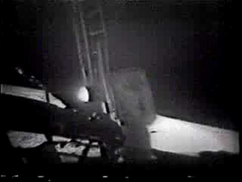 Today in science: 1st footsteps on moon | Human World ... |Moon First Step Onto