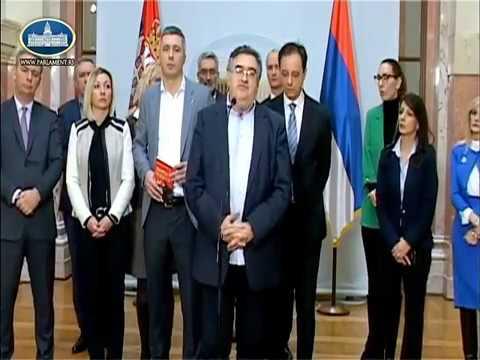 NAPETO U SKUPŠTINI SRBIJE Opozicija ostaju celu noć, konferencije svaka dva sata