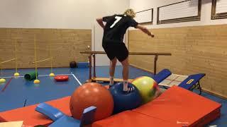L'entraînement impressionnant du skieur Andri Ragettli