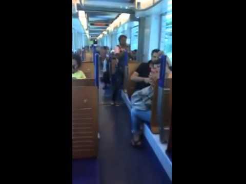 Divin' Gospel Music dans le tramway de Marseille