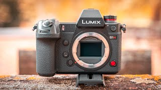 Panasonic S1H Review - The First 6K Full Frame Mirrorless Camera