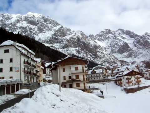 Collina di forni avoltri panorama friuli youtube for Piani di serra in collina