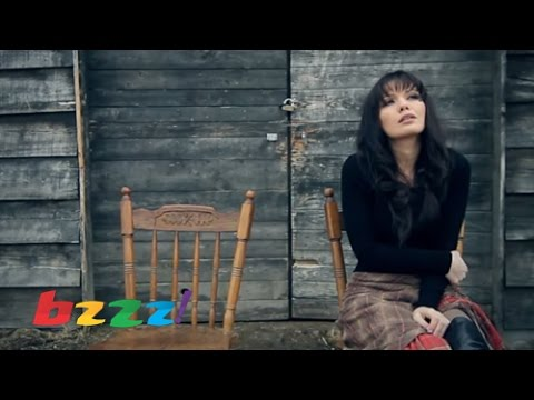 Download Mimoza Shkodra - Burrat nuk jane si ti (Official Video)