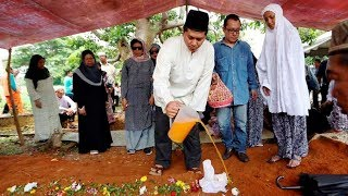 Napsiah Omar buried in Kuala Pilah