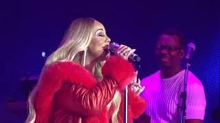 Mariah Carey - Oh Holy Night - Paris France - 7 Décembre 2018