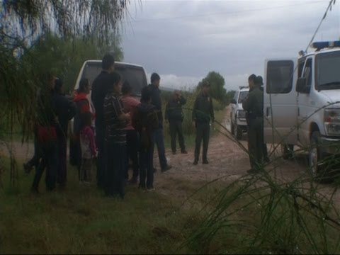 Tiny Texas Border Town Weathers Migrant Influx