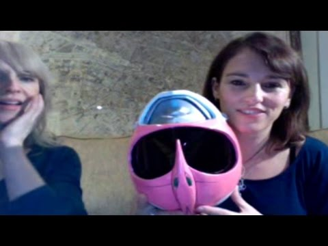 Amy Jo Johnson & Laura Lynn - The Space Between Final Stageit Show
