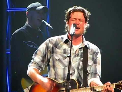 "Blake Shelton ""She Wouldn't Be Gone"""