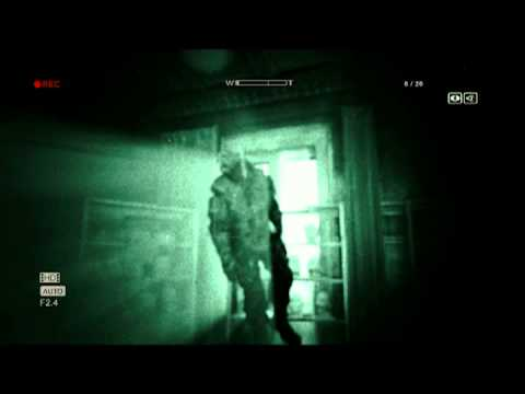 Outlast Gameplay Full E3 Demo - YouTube