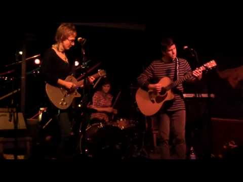 "The Matinees -""Make It Stop"" (live @ el Rio)"