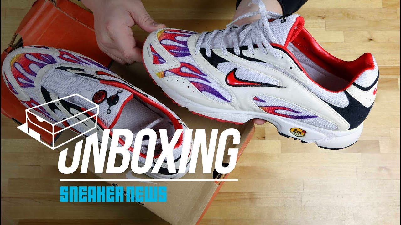 55953f9f76453 Not Supreme! Unboxing The Nike Zoom Streak Spectrum Plus Flames ...