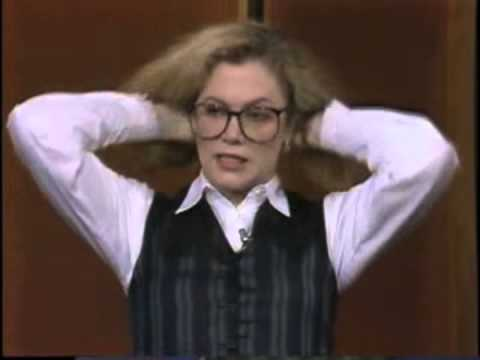 """Classic Clips: Kathleen Turner on """"Cat On A Hot Tin Roof"""" (1990)"""