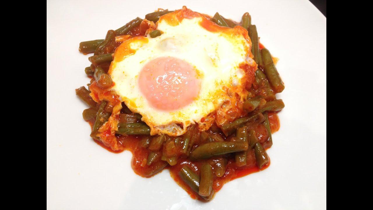 Jud as verdes con tomate y huevo escalfado ejotes con - Calorias de las judias verdes ...
