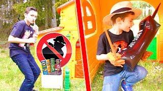 IL A VOLÉ TOUS LES PRINGLES ! - kids pretend play with Pringles thumbnail