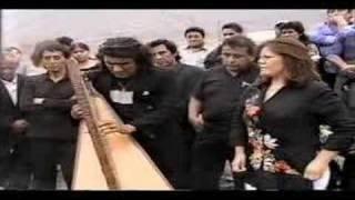 Dina Paucar-Jhonny Campos