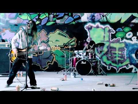 Day tripper - Pessimist Music Video