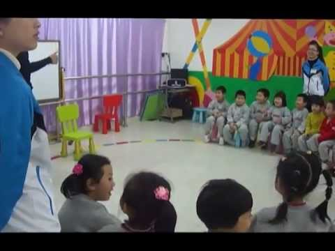 HayoEnglish.com ESL kindergarten class in China