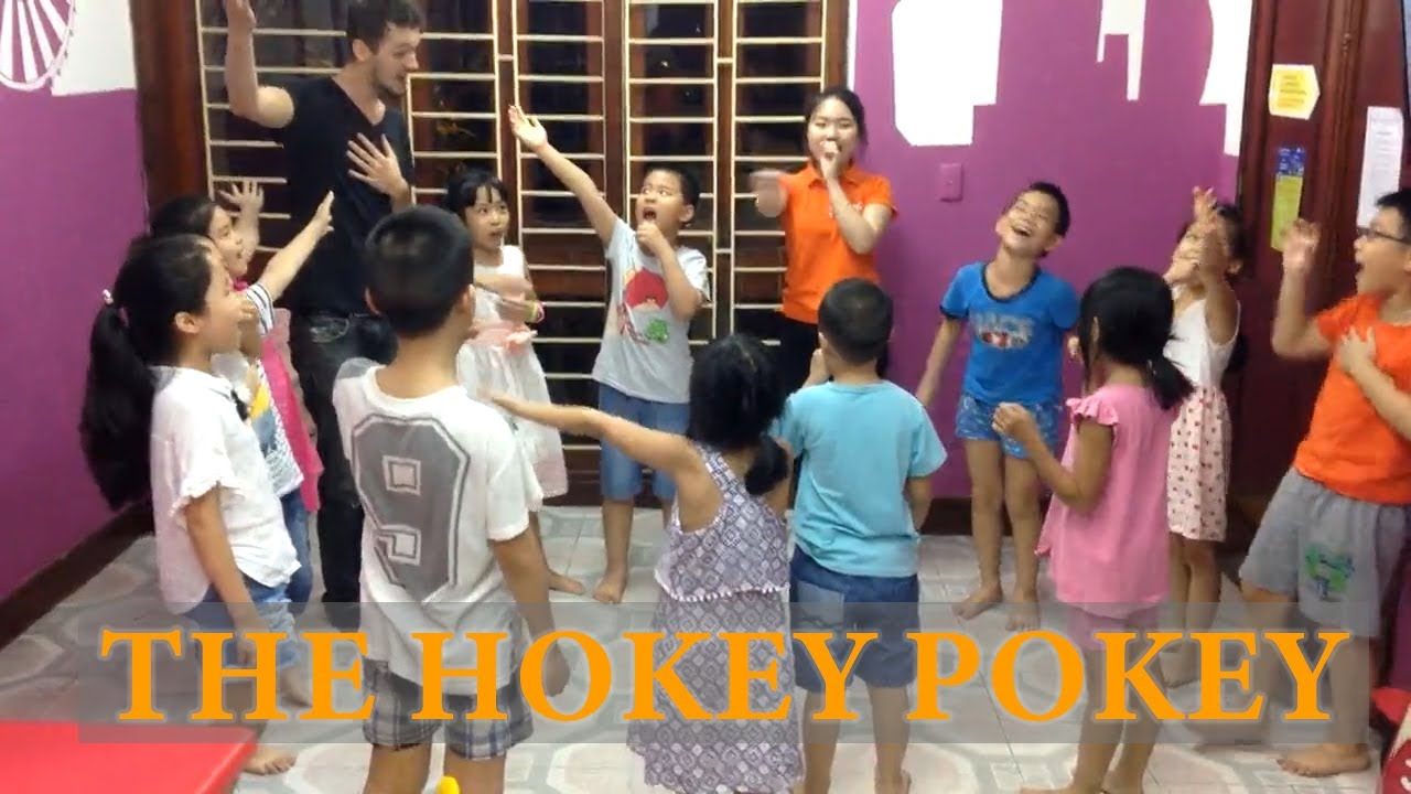 The Hokey Pokey - Dancing With The Students (ver 2)