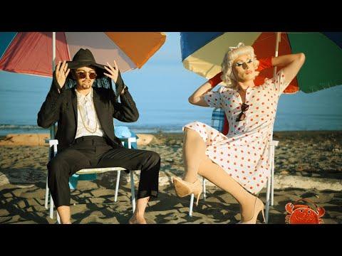 Смотреть клип Bbno$ & Rebecca Black - Yoga